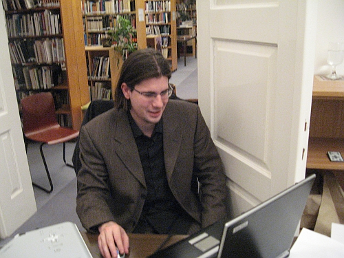 Szerkesztő-kiadónk, Dani (prae.hu)