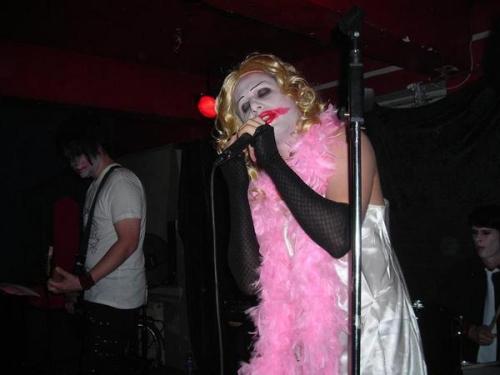 Christina Bin Laden, az énekes - élőben