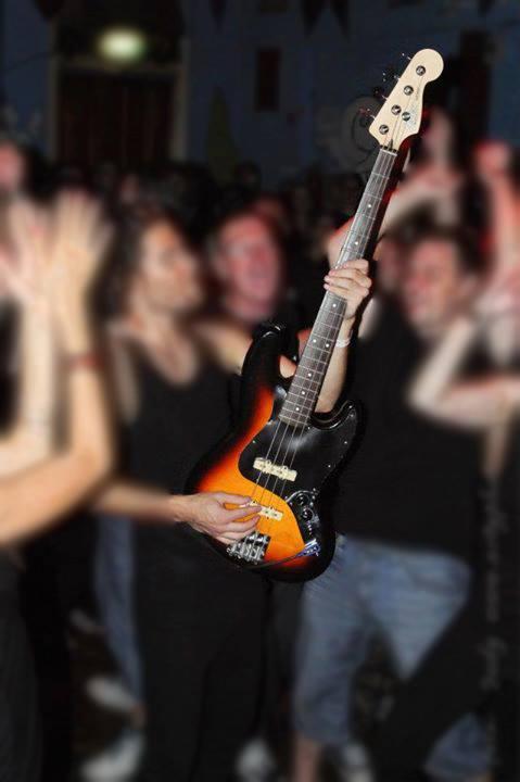 Ez a gitárt kerestetik - kép: Sanyitól